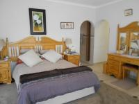 Main Bedroom - 37 square meters of property in Dalpark