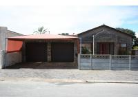3 Bedroom 1 Bathroom in Saldanha