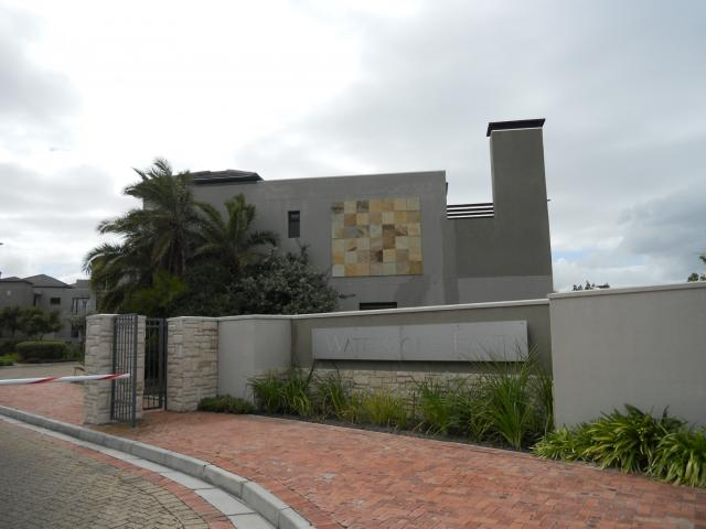 2 Bedroom Apartment for Sale For Sale in Milnerton - Home Sell - MR099655