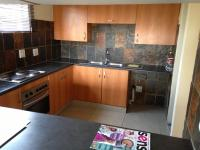Kitchen - 10 square meters of property in Sundowner