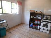 Kitchen - 10 square meters of property in Westonaria