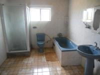 Bathroom 3+ - 10 square meters of property in Westonaria