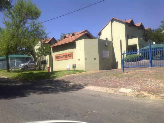 Apartment For Sale in Ferndale - JHB - Home Sell - MR099718