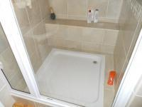 Main Bathroom - 7 square meters of property in Tergniet