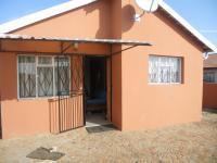 3 Bedroom 1 Bathroom in Lenasia South
