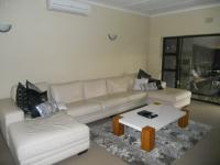 Lounges - 36 square meters of property in Sunnyrock