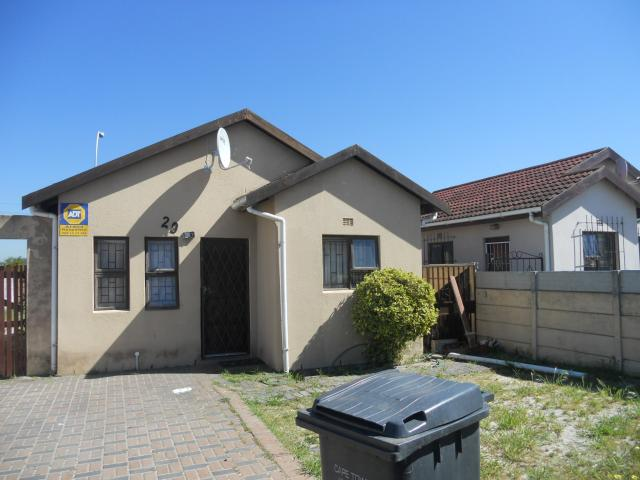 Standard Bank EasySell 2 Bedroom House For Sale in Kuils River - MR099817