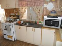 Kitchen - 8 square meters of property in Bergsig - George