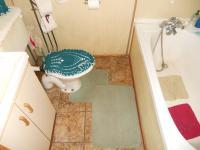 Main Bathroom - 3 square meters of property in Bergsig - George