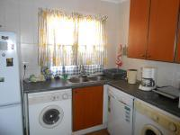 Kitchen - 14 square meters of property in Amberfield