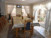 Dining Room - 14 square meters of property in Eldoglen