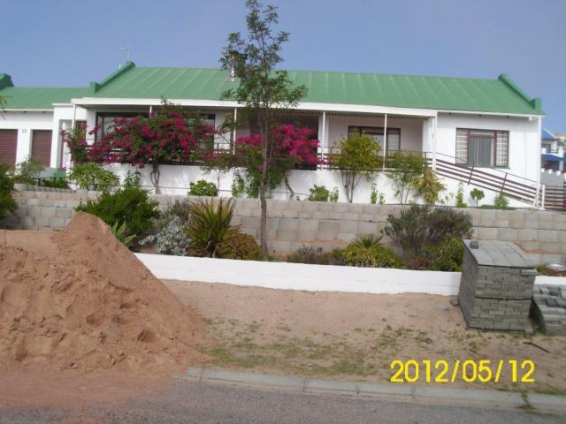 3 Bedroom House For Sale in St Helena Bay - Private Sale - MR099903