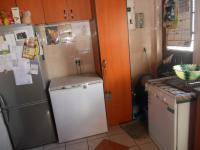 Kitchen - 25 square meters of property in Athlone