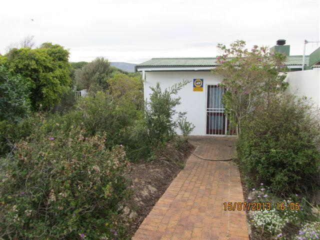 4 Bedroom House for Sale For Sale in Hermanus - Private Sale - MR099990