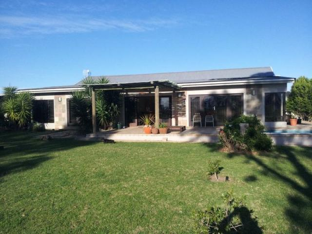 Smallholding For Sale in Mossel Bay - Home Sell - MR100025