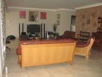 Lounges - 88 square meters of property in Mossel Bay