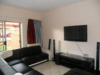 Lounges - 16 square meters of property in Sagewood