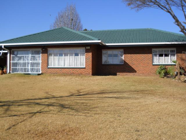 3 Bedroom House for Sale For Sale in Kriel - Private Sale - MR100103