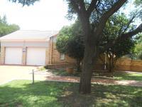 3 Bedroom 3 Bathroom in Bloemfontein