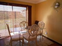 Dining Room - 10 square meters of property in Roodepoort West