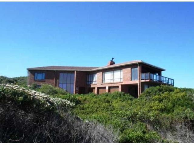 8 Bedroom House for Sale For Sale in St Francis Bay - Home Sell - MR100229
