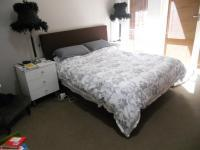 Main Bedroom - 15 square meters of property in West Beach
