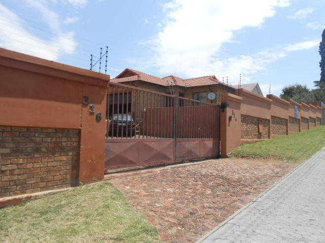 Standard Bank EasySell 3 Bedroom Sectional Title for Sale For Sale in Risana - MR100346