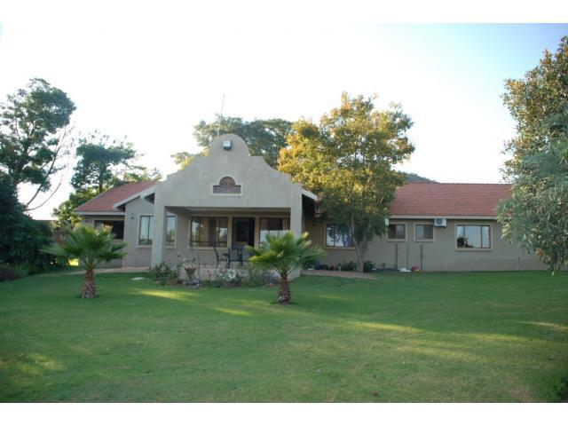 Smallholding For Sale in Bela-Bela (Warmbad) - Home Sell - MR100427