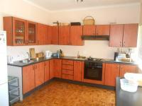 Kitchen - 39 square meters of property in Valhalla