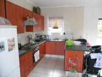Kitchen - 8 square meters of property in Uvongo