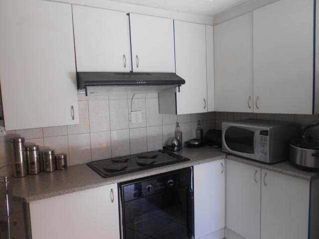 3 bedroom house for sale for sale in mabopane home sell for Mokoena kitchen units mabopane
