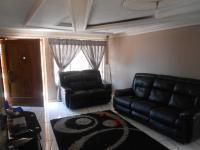 Lounges of property in Mabopane