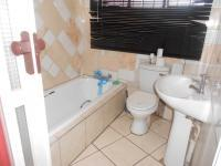 Bathroom 1 of property in Mabopane