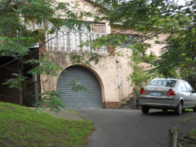 Standard Bank EasySell 3 Bedroom House For Sale in Pinetown  - MR100592
