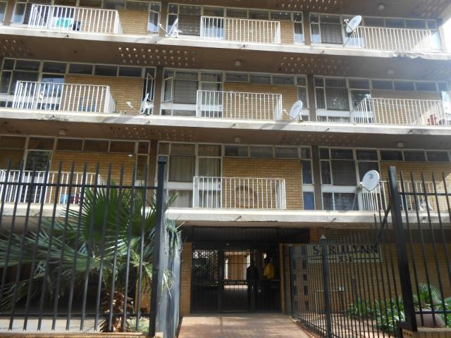 1 Bedroom Apartment For Sale in Pretoria Central - Home Sell - MR100648