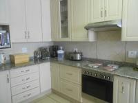 Kitchen - 14 square meters of property in Morninghill