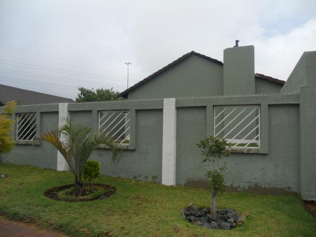 3 Bedroom House For Sale in Ormonde - Private Sale - MR100662