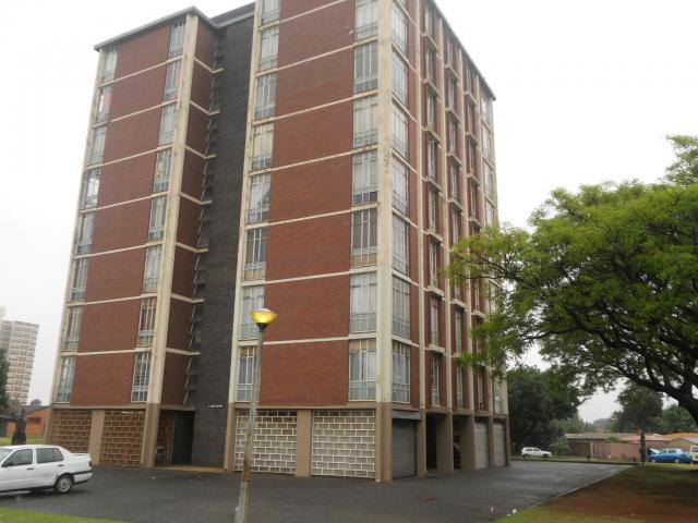 2 Bedroom Apartment for Sale For Sale in Sophiatown - Private Sale - MR100682