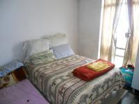 Main Bedroom - 13 square meters of property in Sophiatown