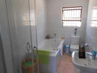 Main Bathroom - 7 square meters of property in Malmesbury