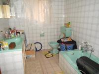 Main Bathroom - 8 square meters of property in Croydon