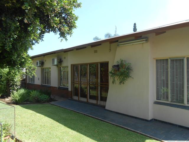 4 Bedroom House for Sale For Sale in Pretoria Gardens - Home Sell - MR100915