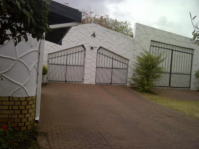 5 Bedroom House for Sale For Sale in Polokwane - Home Sell - MR100917