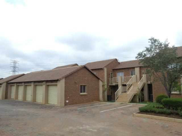 2 Bedroom Duet for Sale For Sale in Mooikloof Ridge - Home Sell - MR101078