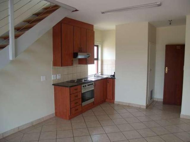 Kitchen - 6 square meters of property in The Meadows Estate