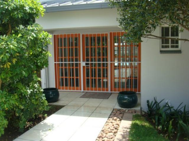 House to Rent in Johannesburg North - Property to rent - MR101098