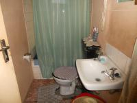 Main Bathroom - 3 square meters of property in Stellenbosch
