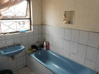 Bathroom 1 - 6 square meters of property in Blue Downs