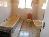 Bathroom 1 - 7 square meters of property in Delarey