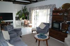 Lounges - 51 square meters of property in Klapmuts